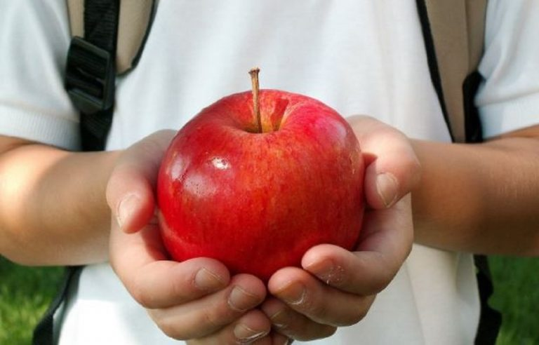 frutta per merenda a scuola