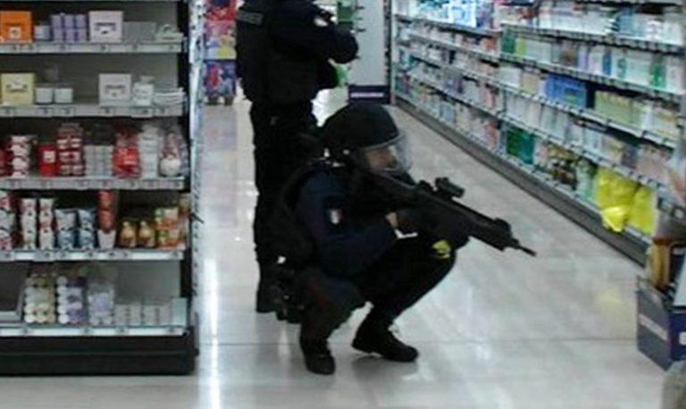 esercitazione-antiterrorismo-esselunga