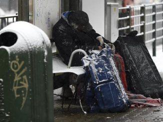 natale con i senzatetto a milano