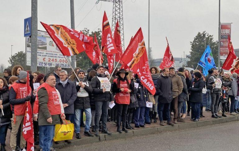 protesta dipendenti conad