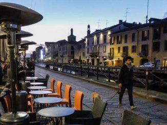Bar di Milano nella fase 2, tavolini in strada: i locali si trasferiscono sui marciapiedi