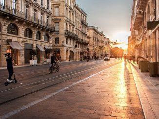 Coronavirus, Milano: tutti in bici