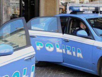 Uomo si accoltella a Milano: panico nella stazione di Cadorna