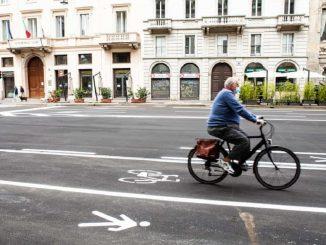 """Bici sui mezzi pubblici, proposta 5 Stelle: """"Parte la sperimentazione"""""""