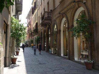 Via della Spiga a Milano: i negozi di lusso