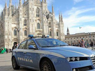 Guardia giurata presa in ostaggio a Milano, arrestato uomo armato