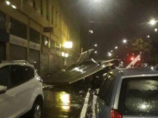 Nubifragio su Milano, scoperchiato il tetto di una Rsa