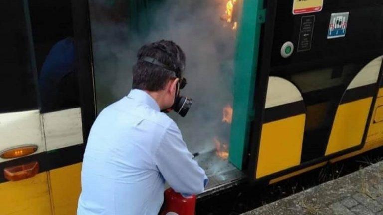 incendio tram milano