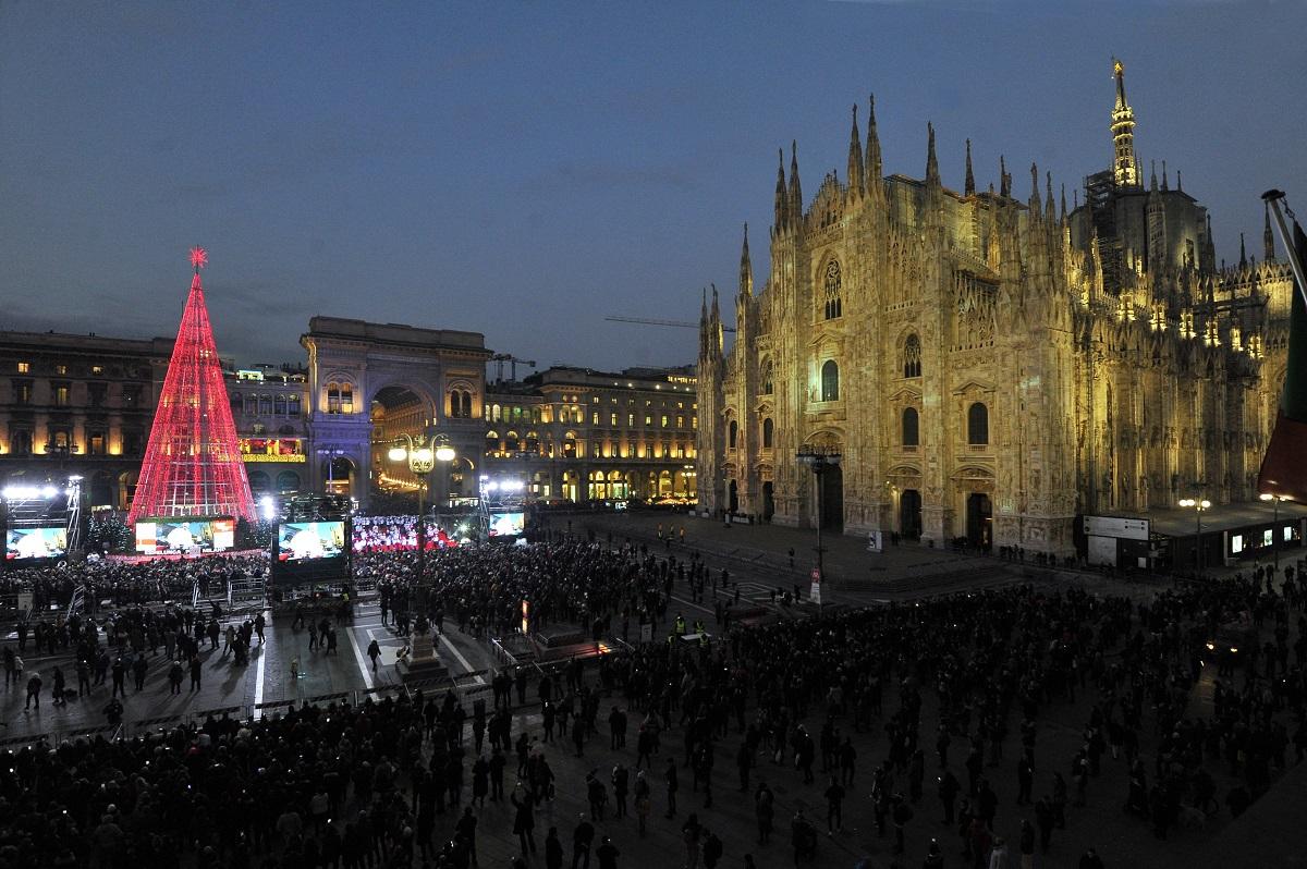 Albero Di Natale Milano 2020.Natale 2020 A Milano Le Iniziative Annunciate Milano Notizie It