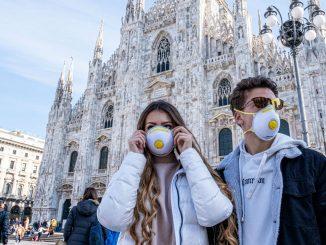 Coronavirus, obbligo di mascherina in Lombardia fino al 15 ottobre