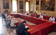 Quanto guadagnano i politici Milano