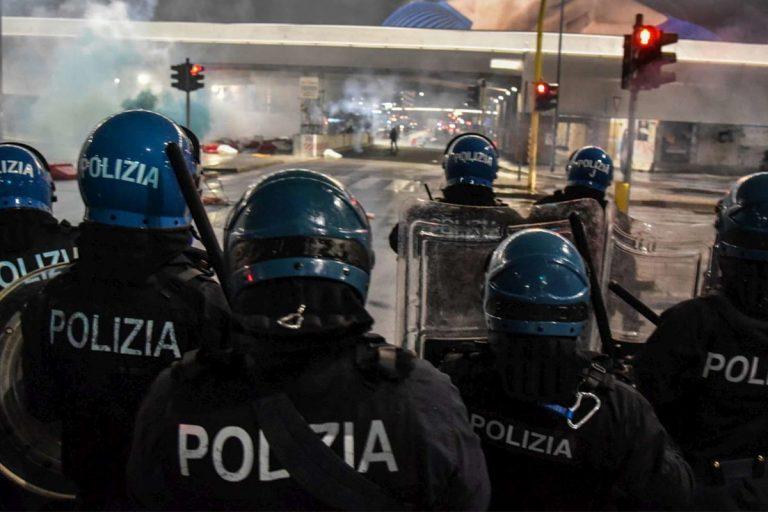 Chi c'era negli scontri di Milano