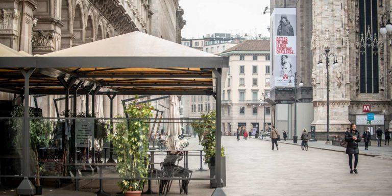 Milano, rallenta il contagio: indice Rt sotto l'1