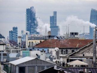 Milano, smog oltre la soglia critica
