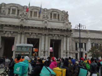 protesta rider Milano