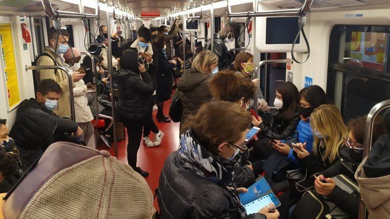 numero passeggeri metro milano