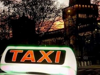 tessera taxi milano
