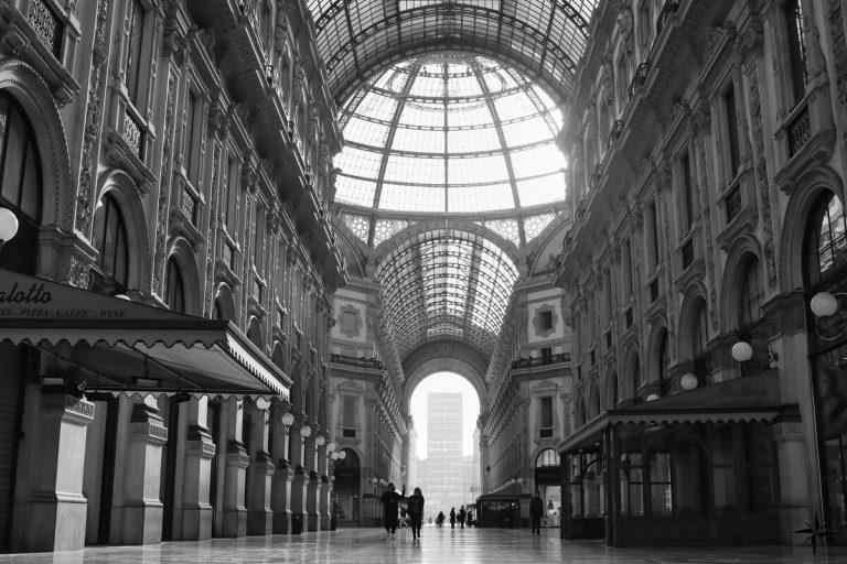 Il ristorante Duomo 21 firma l'intesa con il Comune per la Galleria