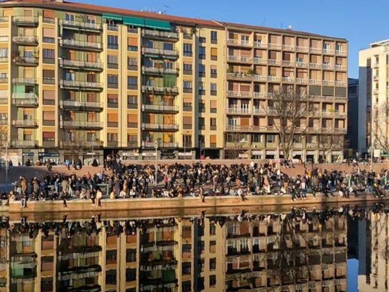 Controlli intensificati a Milano per il primo weekend in zona gialla