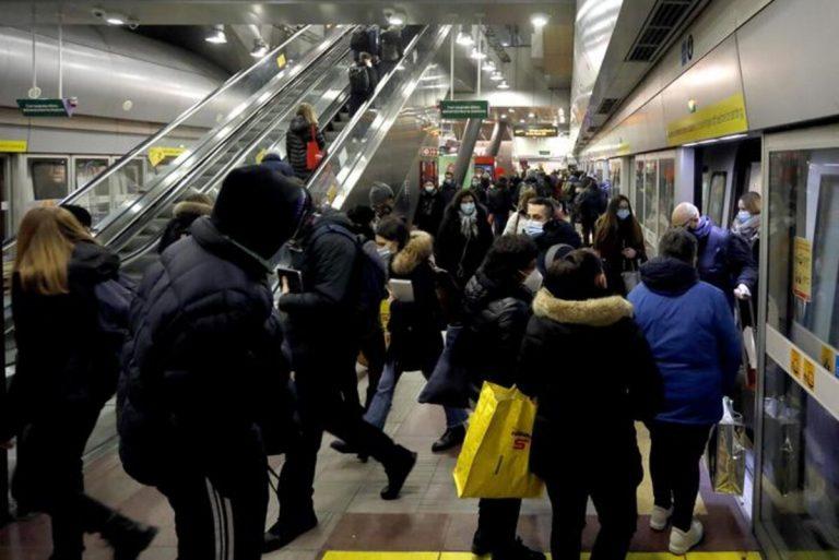 Zona gialla, aumentano i passeggeri dei mezzi pubblici