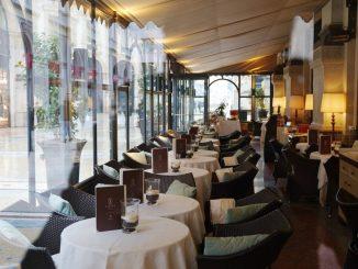 Milano, primo weekend in zona gialla: tutto esaurito nei ristoranti