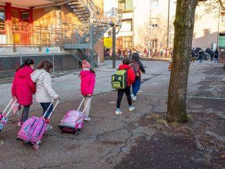 Nuovo focolaio di Covid-19 in una scuola materna di Milano