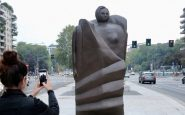 statue di donne a milano