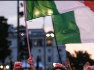 L'Italia è in finale: a Milano cori e festeggiamenti per gli azzurri