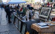 Il mercato dell'antiquariato dei Navigli a Milano