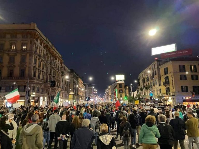 Manifestazione no green pass